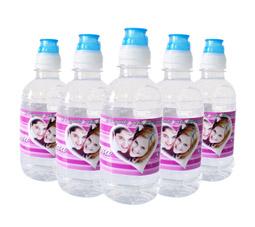 Lembrancinhas Garrafas de água personalizadas para casamento