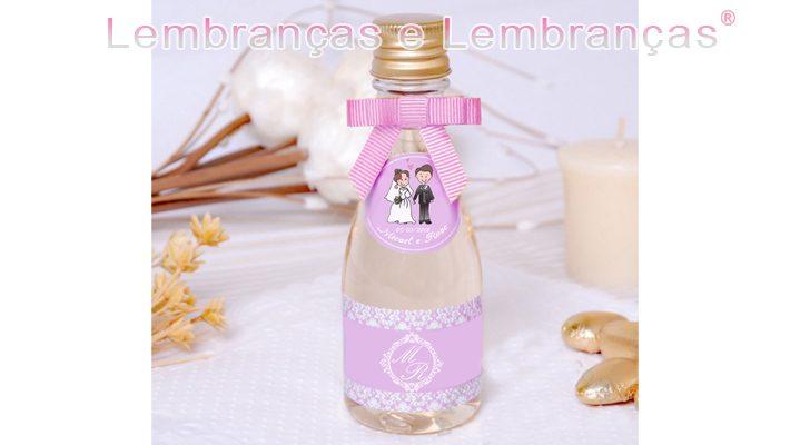 Lembrancinhlembrancinhas mini champagne , mini champagne personalizada , brindes mini champagne , lembrancinhas mini champagneas para casamento mini champagne Personalizada