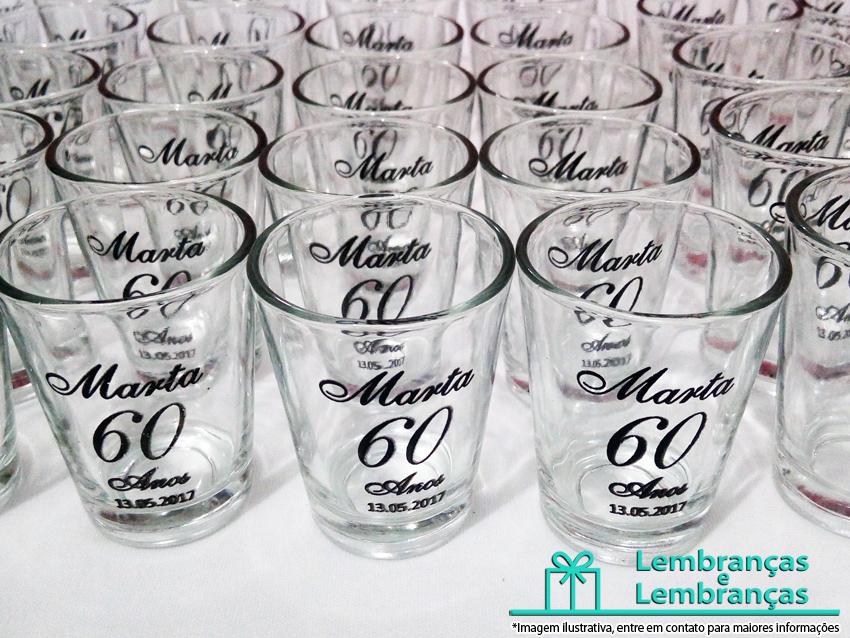 e8a9f0247 lembrancinhas-de-aniversario-copo-shot-vidro-personalizado-02 ...