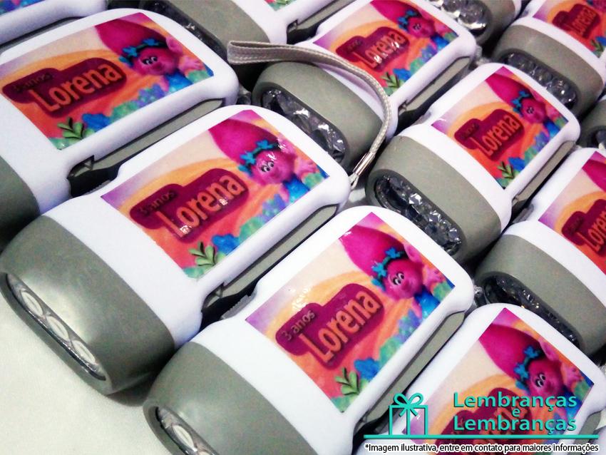 lembrancinas para aniversario infantil, lembrancinhas lanterna personalizada , lanterna recarregavel personalizada , brindes lanternas , lembrancinhas lanterna