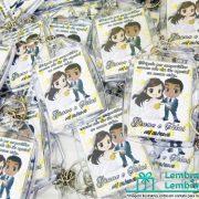 lembrancinhas-de-casamento-chaveiro-de-acrilico-personalizado-02