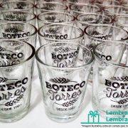 lembrancinhas-de-casamento-copo-shot-vidro-personalizado-01