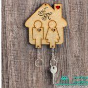 Lembrancinhas-para-padrinhos-porta-chaves-em-madeira-04