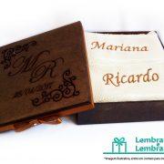 lembrancinhas-Padrinhos-de-casamento-caixa-de-madeira-personalizada-11
