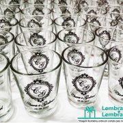 lembrancinhas-de-casamento-mini-copo-de-dose-vidro-personalizado-03