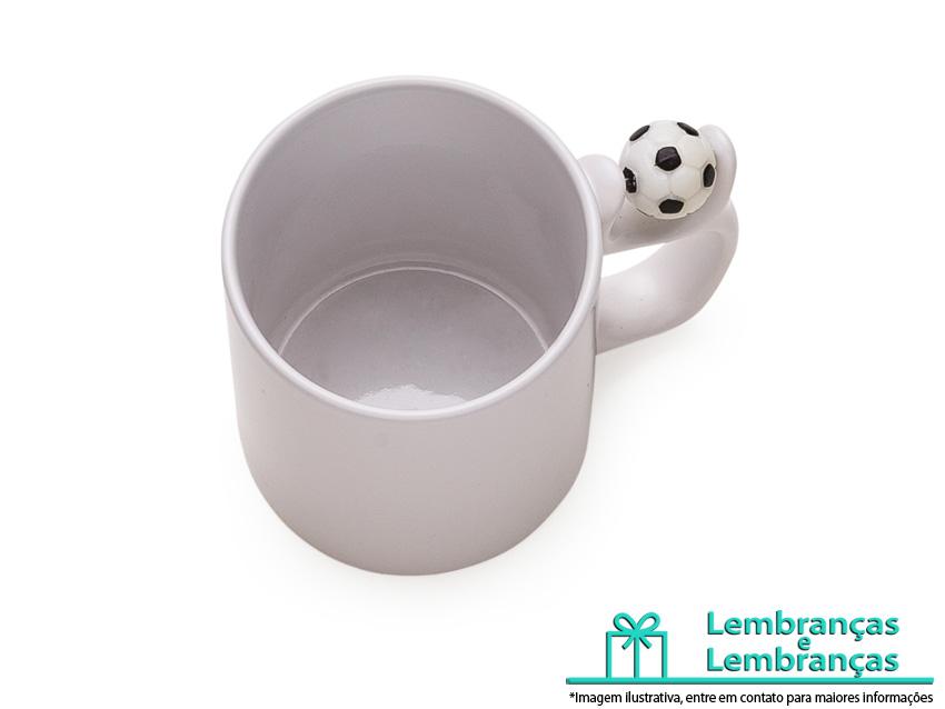 caneca porcelana com bola de futebol , canecas porcelana com bola de futebol , caneca porcelana cerâmica com bola de futebol , caneca porcelana personalizada com bola de futebol , caneca porcelana com bola de futebol na alça, caneca porcelana com bola de futebol