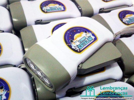 Lanterna Recarregavel Personalizada para Aniversario, acampamentos Festa do Pijama e Brindes , lanterna personalizada , mini lanterna recarregavel , lanterna para acampamento, lanterna para aniversario , lanterna para aniversario infantil, lanterna para dar de brinde , lanterna personalizada, lanternas auto recarregavel, lanterna personalizada