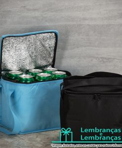 Brinde bolsa térmica 8,5 litros em TNT com alças laterais, Brindes bolsa térmica 8,5 litros em TNT com alças laterais, bolsa térmica 8,5 litros em TNT, bolsa térmica 8,5 litros, bolsa térmica 8 litros, bolsa térmica